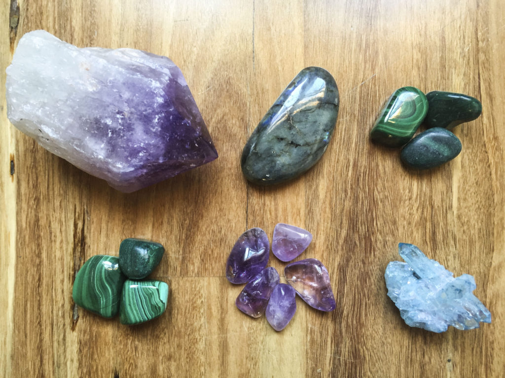 18 Crystals For Energetic And Electromagnetic Protection